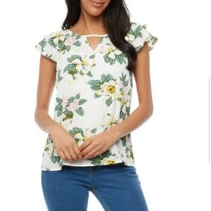 Tops - Floral Crepe Knit Flutter Sleeve Top for Juniors
